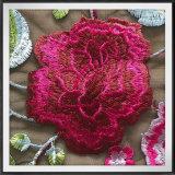 シャクヤクの花によって刺繍されるレースの網の刺繍のレースの花の刺繍のレース