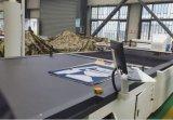 Máquina de corte de tecido com máquina de corte computadorizada