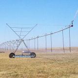 Equipamento de irrigação com irrigação agrícola