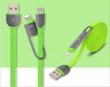 Androide kombinierte wenden ein mit zwei dem USB-Daten-Kabel an