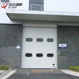 Двери законченный промышленной вертикальной секционной двери секционные надземные