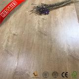 木製の板の積層物のフロアーリングのカシ木