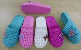 Breathable и удобные тапочки ванны ЕВА в крытом для повелительницы