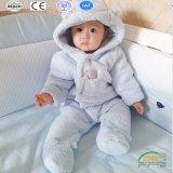 バニーデザインの厚い珊瑚の羊毛の赤ん坊のラッパー