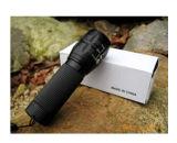 Venda a quente ampliar o foco Regulamento 3W lanterna LED com tampa e bolsa