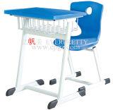 El escritorio de madera del moldeo a presión y la silla de los PP utilizaron la silla de escritorio fijada para la venta