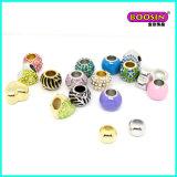 Form-handgemachter Legierungs-Plättchen-Armbandschmucksachen Raupe-Charme