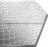 En relief les plaques décoratives de cristal