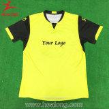 サッカーのユニフォームの一定のワイシャツのカスタムサッカーのジャージーの安いサッカージャージー