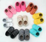2016 10 из натуральной кожи цвета Детские Малыш Мокасины Tassel и удобную обувь для малыша сначала установите противоскользящие соломотрясов детской обуви доставка