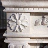 Lareira de mármore natural branca com boa entalhar