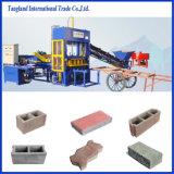 La machine semi-automatique du bloc Qt4-15 pour la brique creuse/le bloc brique pleine/cavité formant la machine /Hole a vu le coupeur/four à Hoffman/machine de fabrication de brique à haute densité