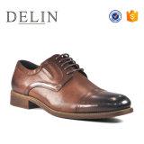 Красивые мужчины коричневого цвета Burnish кожаную обувь одежда зерноочистки