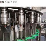 Macchina di coperchiamento di riempimento di lavaggio bevente molle gassosa del macchinario della pianta del liquido della bottiglia di acqua condetta soda
