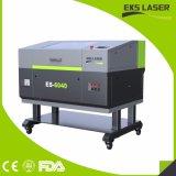 Nuovo taglio del laser del CO2 di 600*400mm e taglio di legno della macchina per incidere