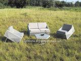 Mobilia stabilita del sofà di vimini esterno