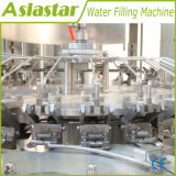 L'eau minérale pure entièrement automatique le plafonnement de la machine de remplissage de rinçage