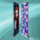 Il basamento all'ingrosso della bandiera di Guangzhou rotola in su il banco di mostra per la pubblicità della fiera commerciale