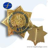 カスタマイズされた警察のバッジの金属の折りえりPinの昇進の記念品の紋章Pin