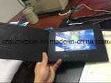 "A4 PU 10.1 "" LCDのパンフレットのビデオ郵便利用者のカードを青銅色にするロゴ"