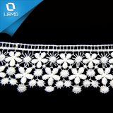 Los bordados de alta calidad de fresado de encaje de algodón blanco