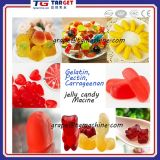 Doces gomosos dos doces da geléia de duas cores que depositam fazendo a máquina para a venda