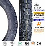 La moto partie le pneu de moto de pneu de moto outre de la route 2.75-17