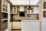 2017 Novo design branco armário de cozinha móveis de madeira maciça Yb-1706017