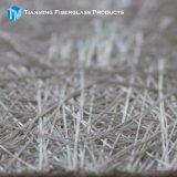 ガラス繊維GRPの布のガラス繊維によって切り刻まれる繊維のマット