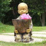 정원 훈장을%s 수지에 의하여 새겨지는 종교적인 불교 수도사
