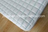Protector hecho punto fresco del capa del aire del telar jacquar de la sensación del copo de nieve blanco y blanco del colchón