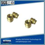 Seriveによってカスタマイズされる真鍮の付属品を機械で造るOEMの精密CNC