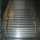 Ineinanderschieben des durchlöcherten galvanisierten quadratischen Stahlgefäßes