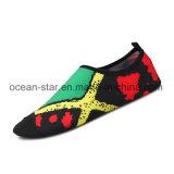 De populaire Schoenen van Aqua van de Zomer zwemmen de Schoenen van het Water van de Schoenen van de Yoga van de Schoenen van de Pool van het Strand van Schoenen