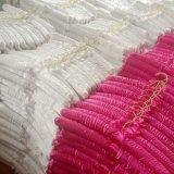 Gancho acolchoado da camisa do uso da loja de vestido do casamento cetim feito sob encomenda