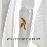 Robe longue blanche de luxe brodée de gaufre d'hôtel de coton du logo 100
