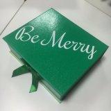 Rectángulo de regalo de papel de encargo con la cinta FP255