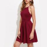 2018 Venta caliente lo último en diseño de longitud de la rodilla la mujer sexy Halter de moda de verano vestidos damas