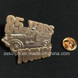 Distintivo antico personalizzato di Pin di metallo dell'oro 3D
