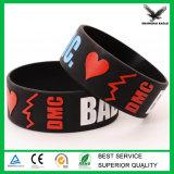 Braccialetto poco costoso del Wristband del silicone di abitudine Debossed/Embssed/Print