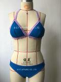 Vêtements de bain en deux pièces de bikini de crochet fabriqué à la main sexy de dames (QG-6185-3M)