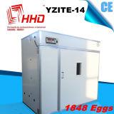 As aves domésticas automáticas cheias de 1848 ovos Egg a máquina Yzite-14 da incubadora