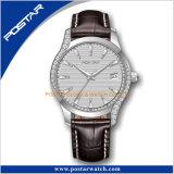 カスタマイズされたオイルのスタンプのダイヤルのダイヤモンドの斜面の防水セリウムの水晶腕時計