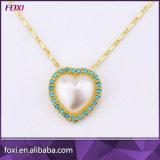 De Juwelen van de Vorm van het hart met Parel die Waterfresh worden geplaatst