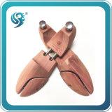 ヒマラヤスギ木は卸し売り自然な靴の木をカスタム設計する