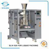 Macchina di riempimento di sigillamento della noce di cocco dell'acqua della spremuta dell'imballaggio liquido automatico del sacchetto