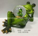 Polyresin deitado Frog Globo de neve