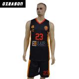 Оптовая торговля дешевые Dri установите Сублимация Печать пользовательских баскетбольные форму
