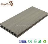 Decking compuesto impermeable durable del nuevo diseño WPC para el suelo