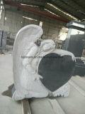 葬式のための天使の黒くか白い花こう岩の中心記念碑の墓石の墓石